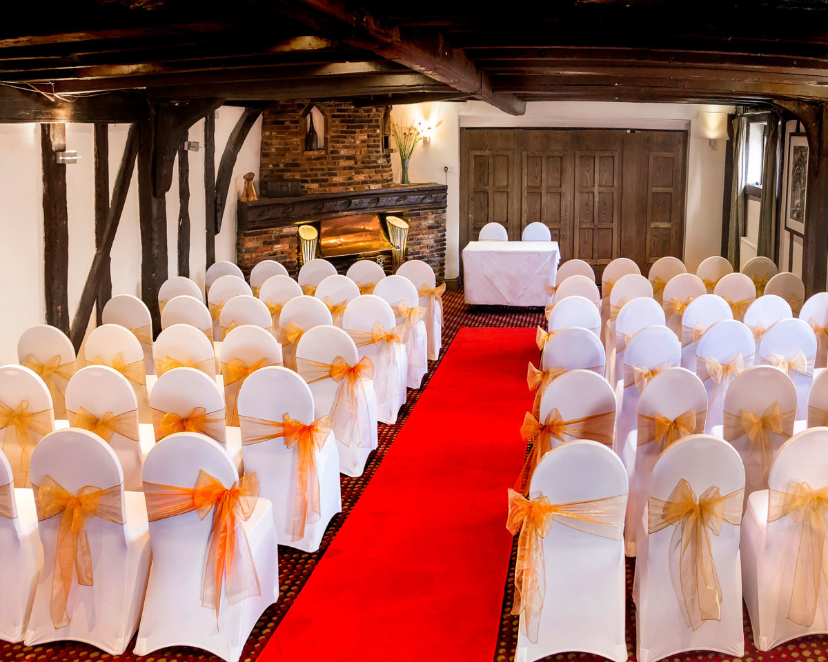 Rose and Crown wedding