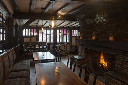 Rose and Crown Hotel Bar